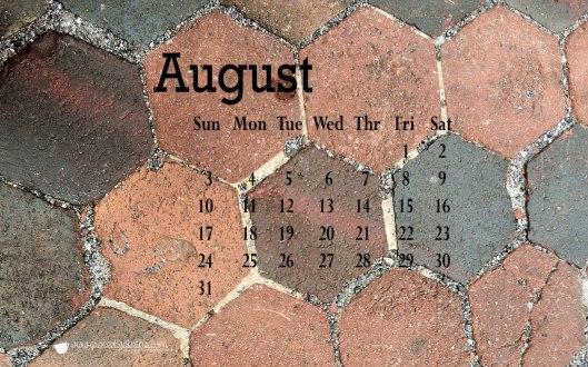 Free August Calendar download - computer screen background